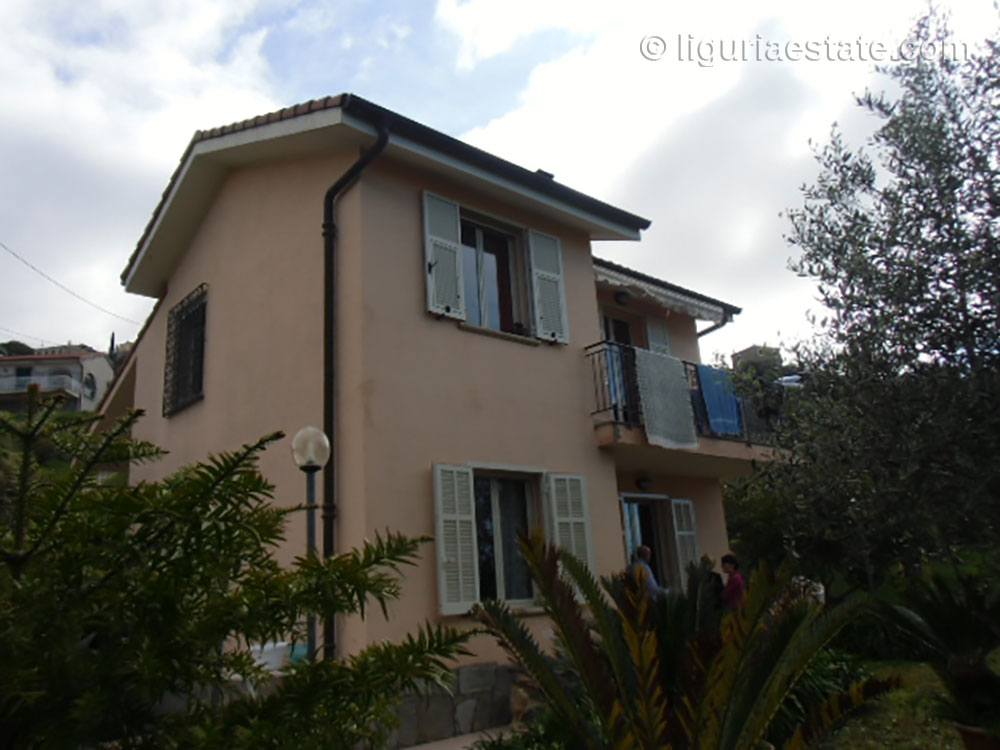 Country house for sale 100 m²