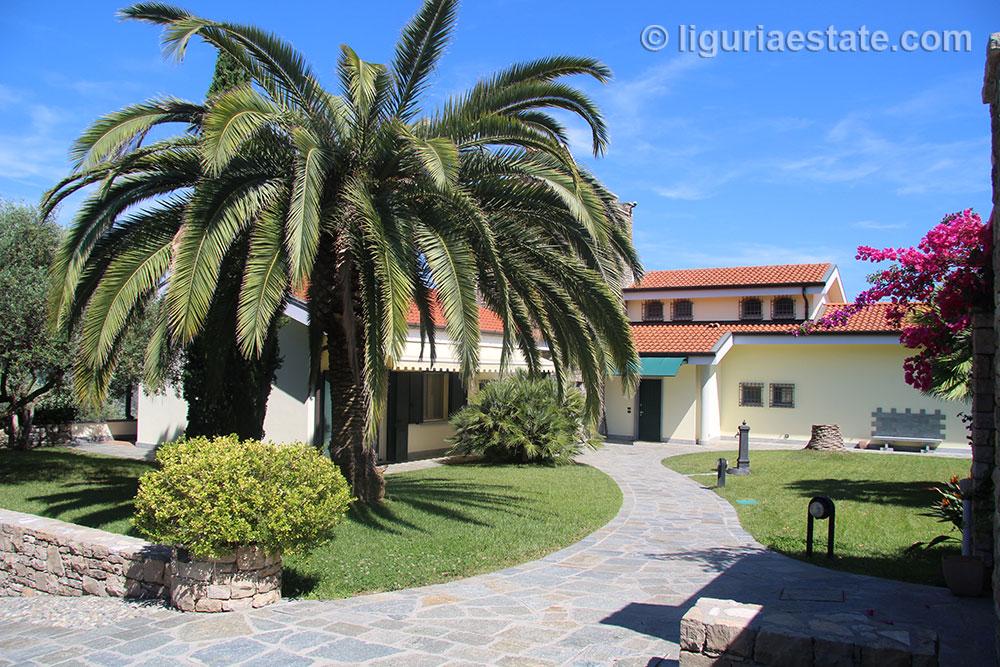 Villa for sale 580 m²