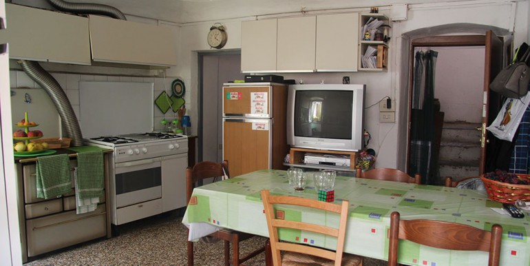 apartment-for-sale-106-87-04
