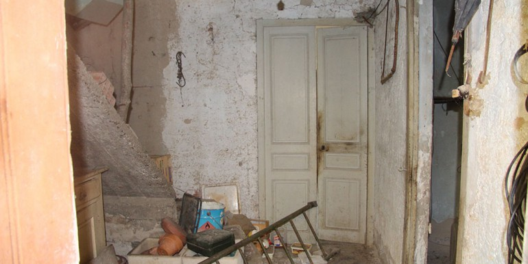 apartment-for-sale-150-88-34