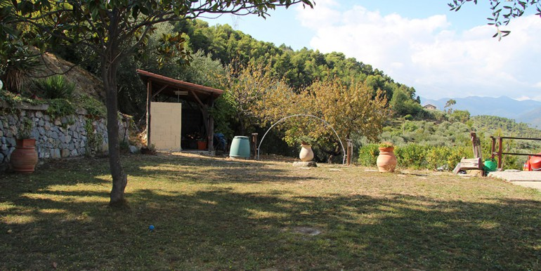 country-house-for-sale-100-92-23