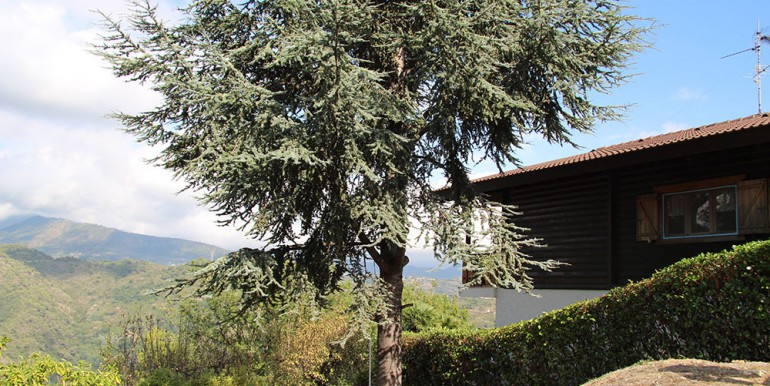 country-house-for-sale-200-92-29