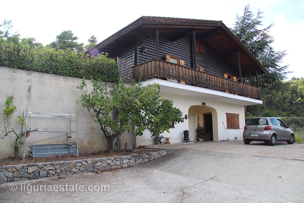 Country house for sale 200 m²