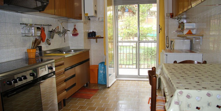 apartment-for-sale-70-06-07