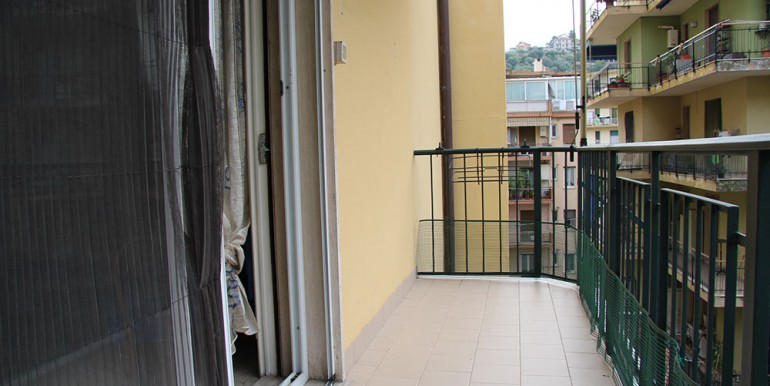 apartment-for-sale-70-06-12