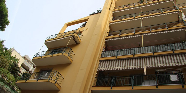 apartment-for-sale-70-06-15