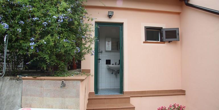 cottage-for-sale-66-01-10