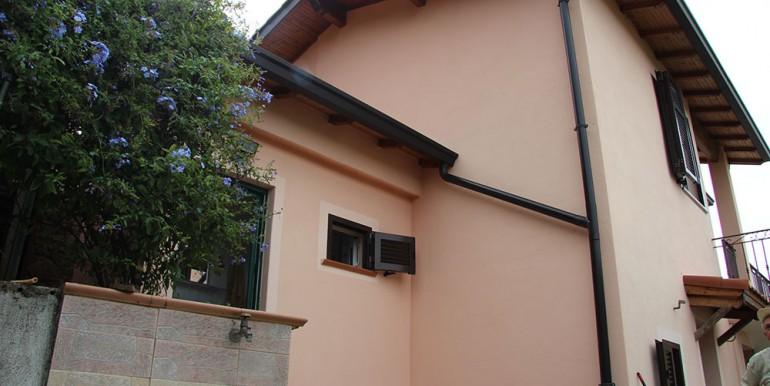 cottage-for-sale-66-01-11