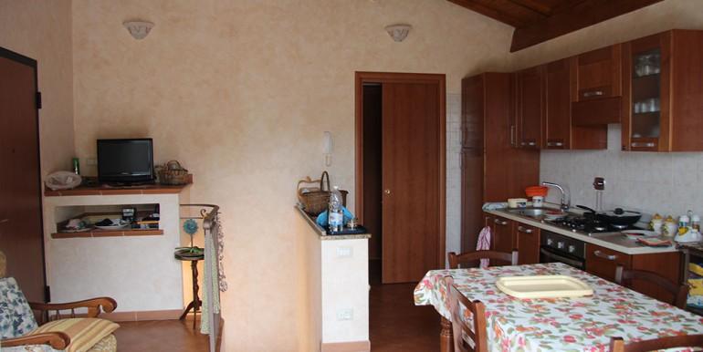 cottage-for-sale-66-01-18