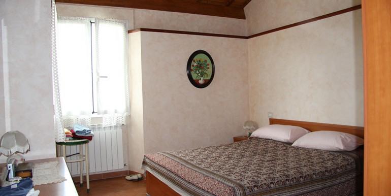 cottage-for-sale-66-01-20