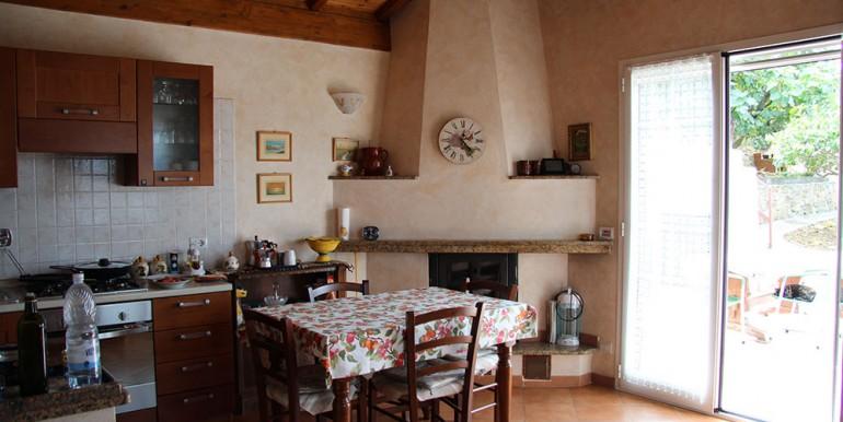 cottage-for-sale-66-01-21