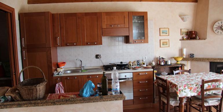 cottage-for-sale-66-01-22