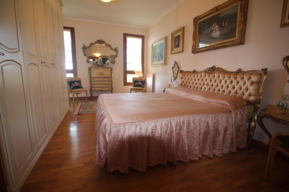 Villa for sale 400 imp 42094 09