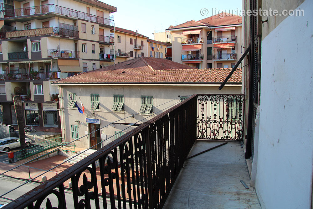 apartment-for-sale-90-012-08