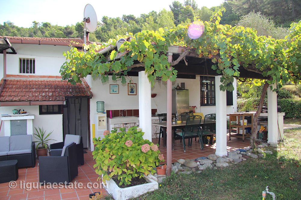 cottage-for-sale-120-99-05
