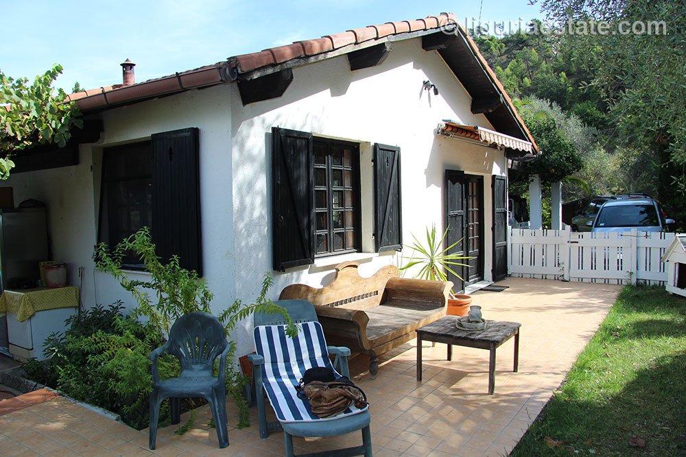cottage-for-sale-120-99-07