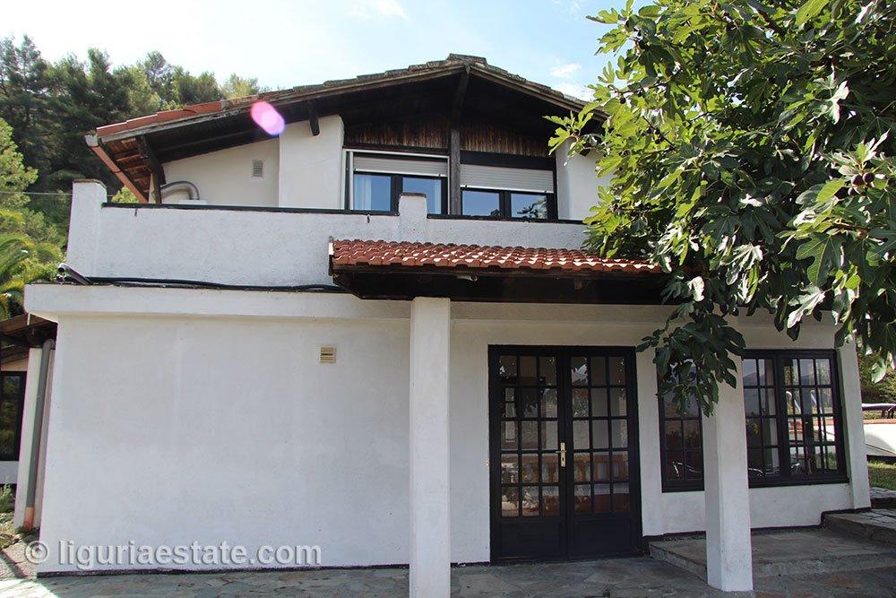 cottage-for-sale-120-99-12