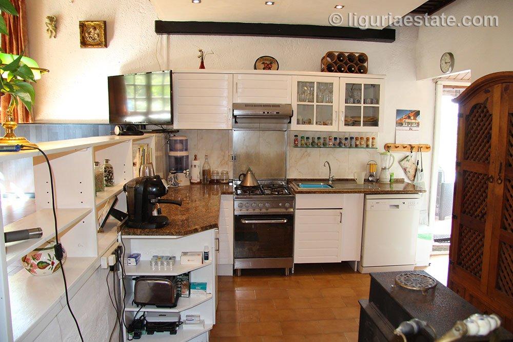 cottage-for-sale-120-99-19
