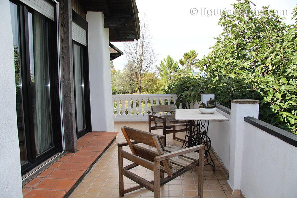cottage-for-sale-120-99-24