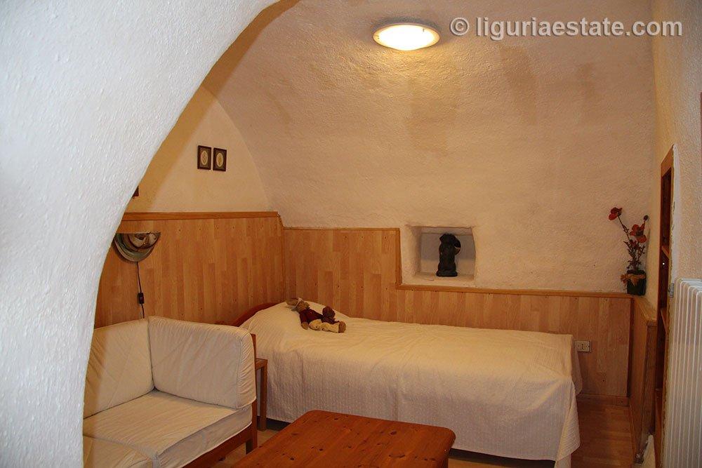 cottage-for-sale-120-99-29