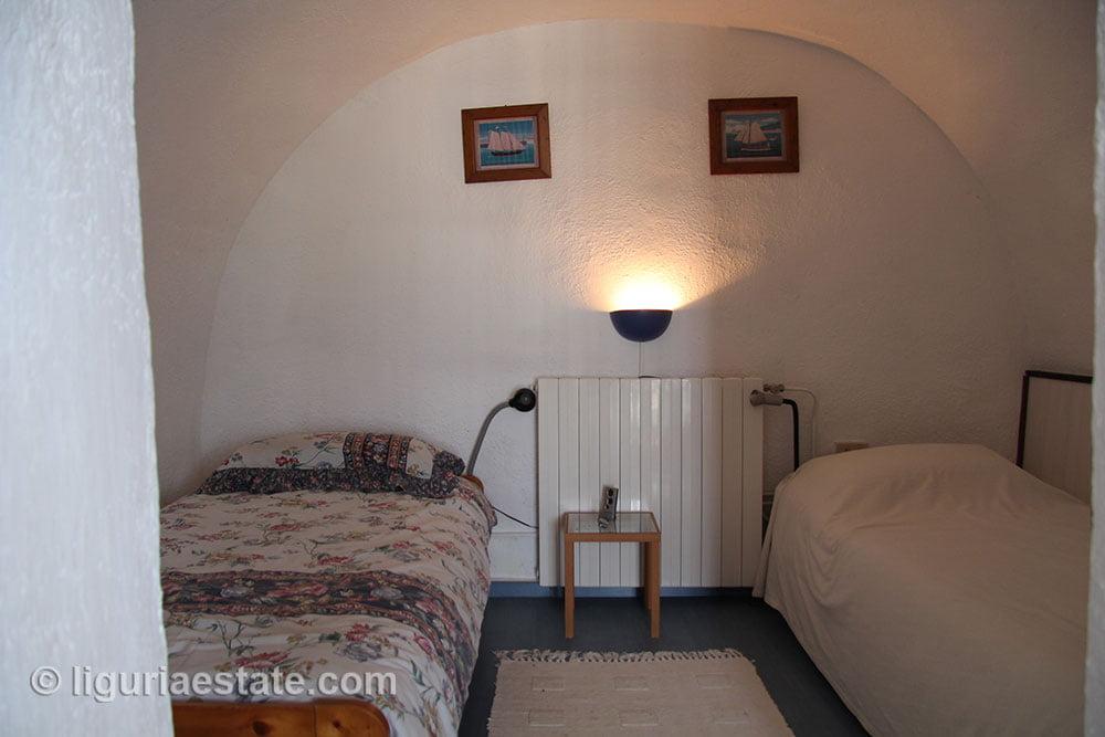cottage-for-sale-120-99-31