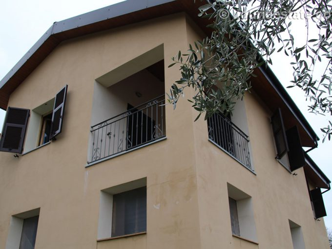 Country house for sale 200 imp 43022 07