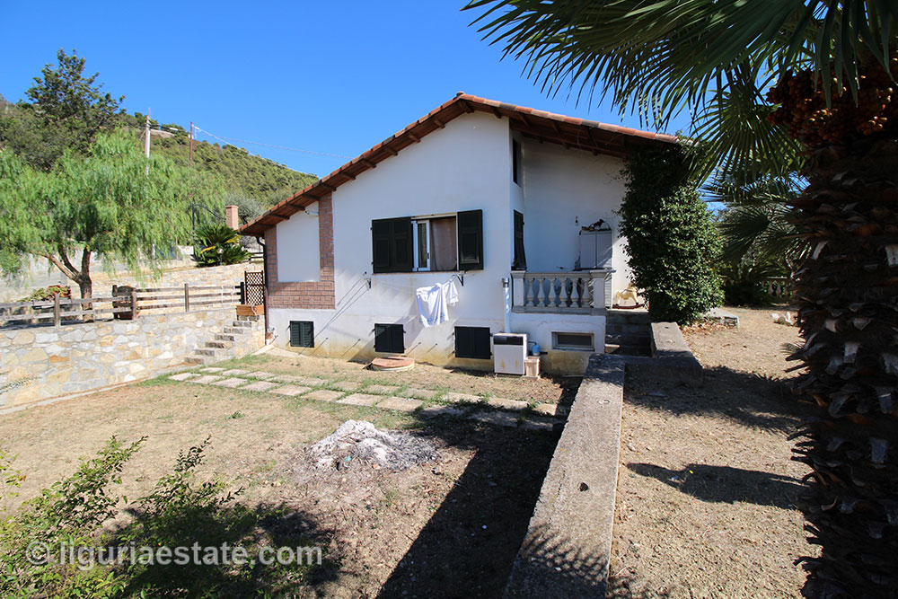 Country house for sale 220 m²
