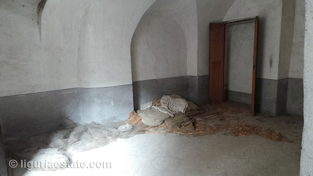 house-for-sale-100-liguria-imp-41954a-01