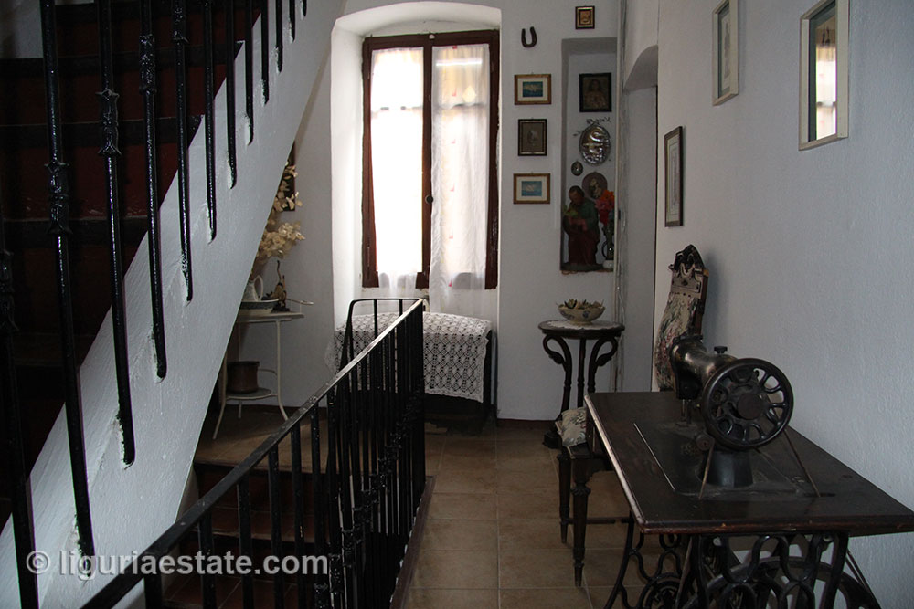 Townhouse for sale 110 imp 42042 18
