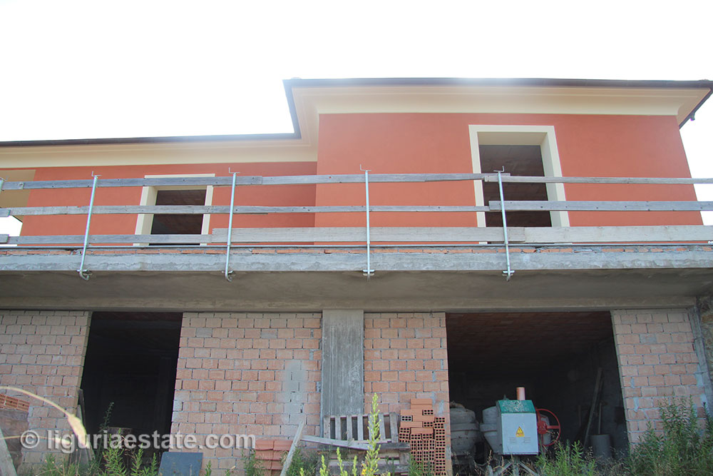 villa-for-sale-230-08-08