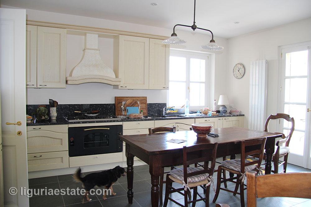 villa-for-sale-265-045-13