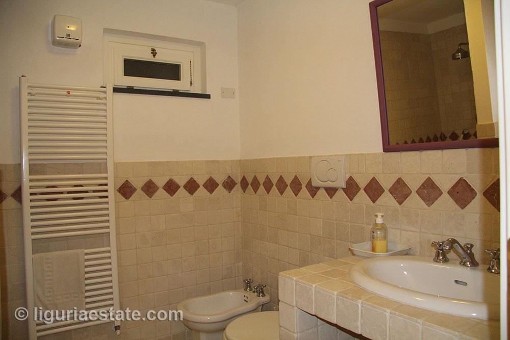 villa-for-sale-265-045-16