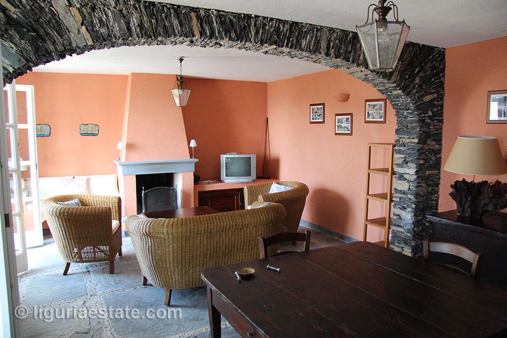 villa-for-sale-265-045-19