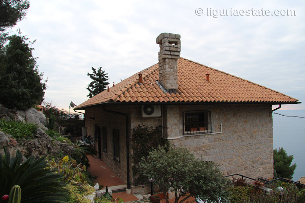 villa-for-sale-300-031-06