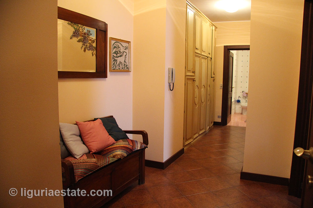 villa-for-sale-300-031-20