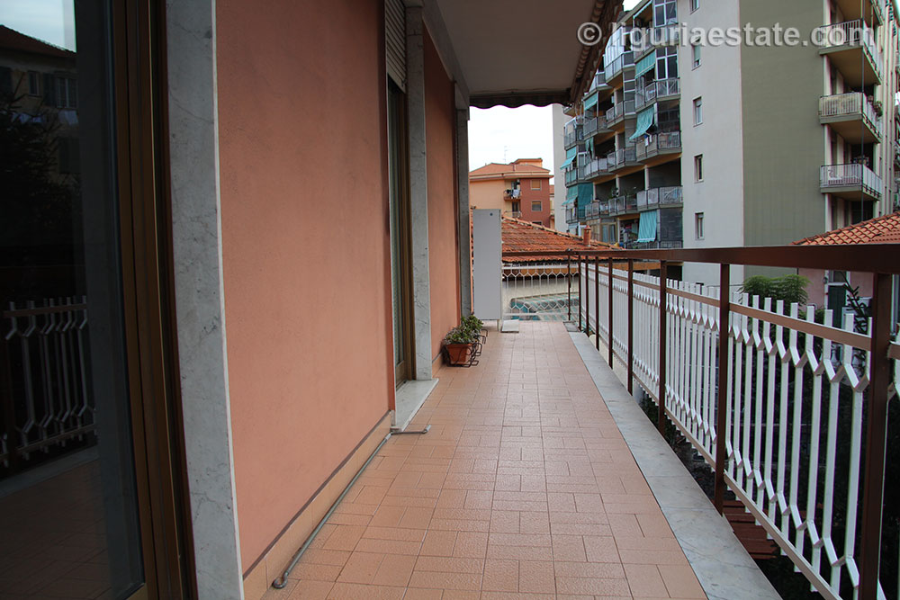 villa-for-sale-340-026-21