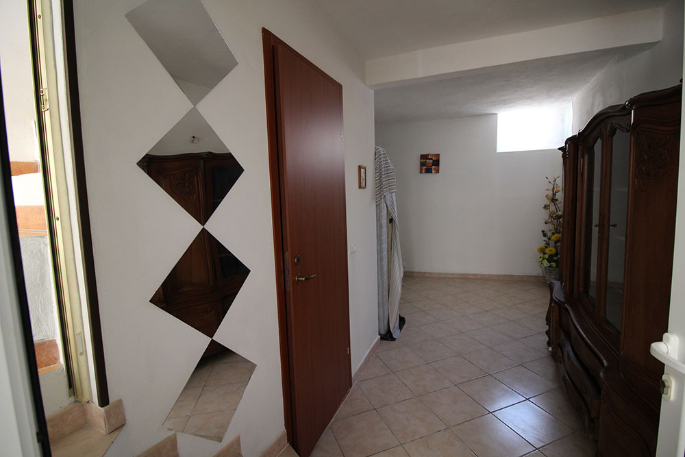 Dolceacqua apartment for sale 55 imp 44023 020