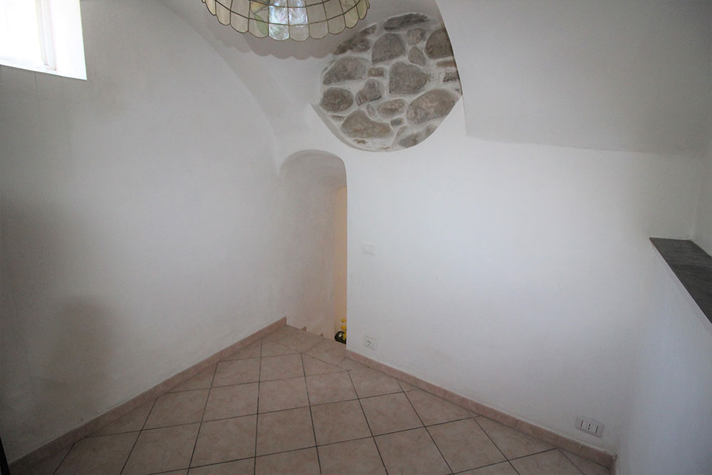 Dolceacqua apartment for sale 55 imp 44023 024