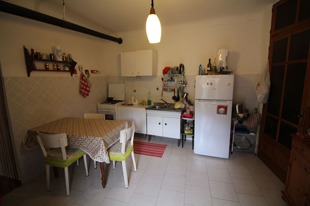 Apricale liguria apartment for sale 70 imp 44045 010