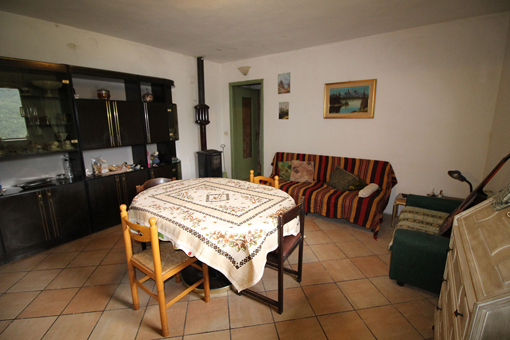 Apricale liguria cottage for sale 70 imp 44044 019