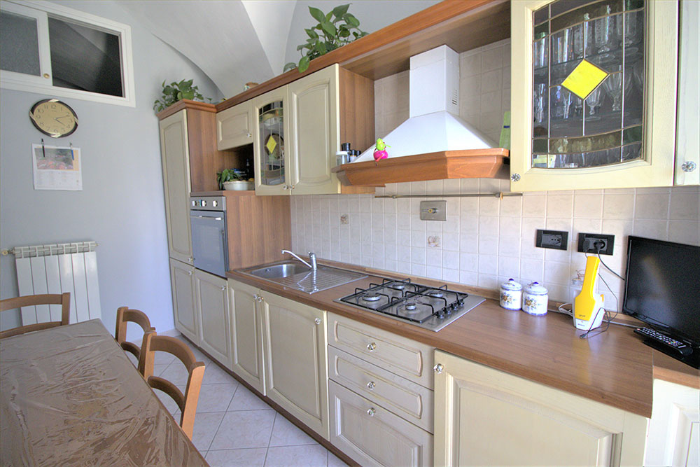 Dolceacqua liguria apartment for sale 45 imp 44049 010