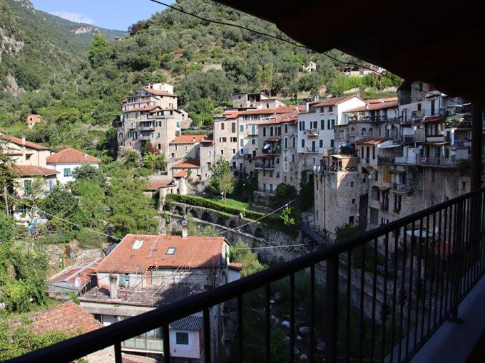 Rocchetta nervina liguria apartment for sale 135 imp 44051 038