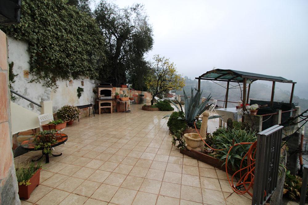 Camporosso liguria country house for sale 130 imp 44060 003