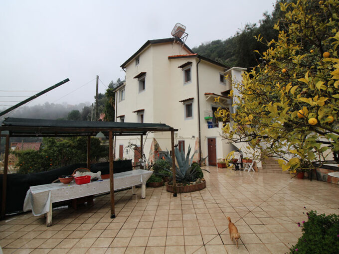 Camporosso liguria country house for sale 130 imp 44060 004