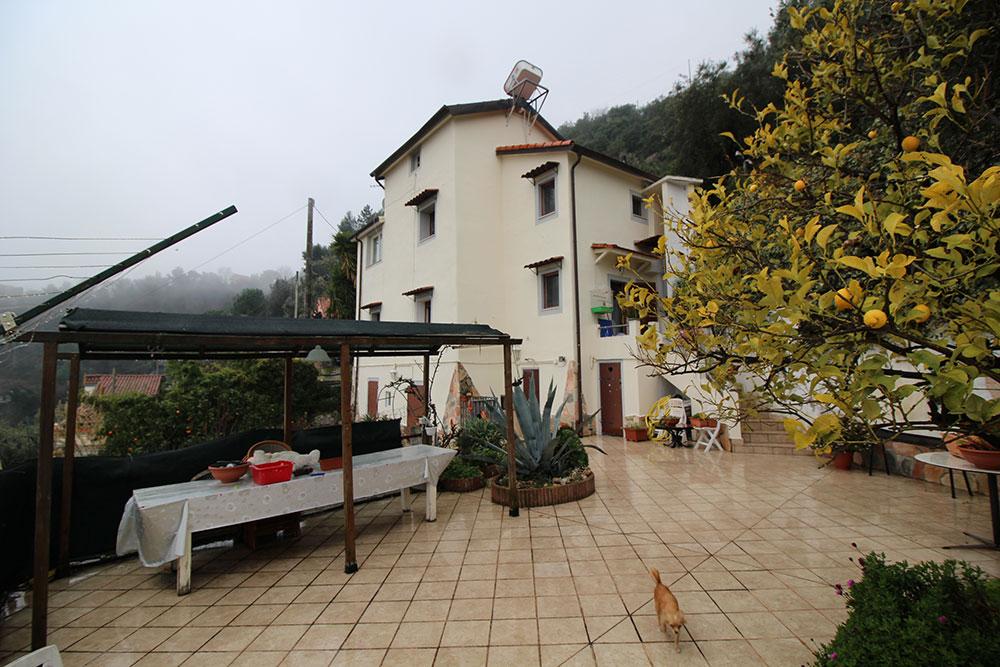 Camporosso liguria country house for sale 130 imp 44060 004