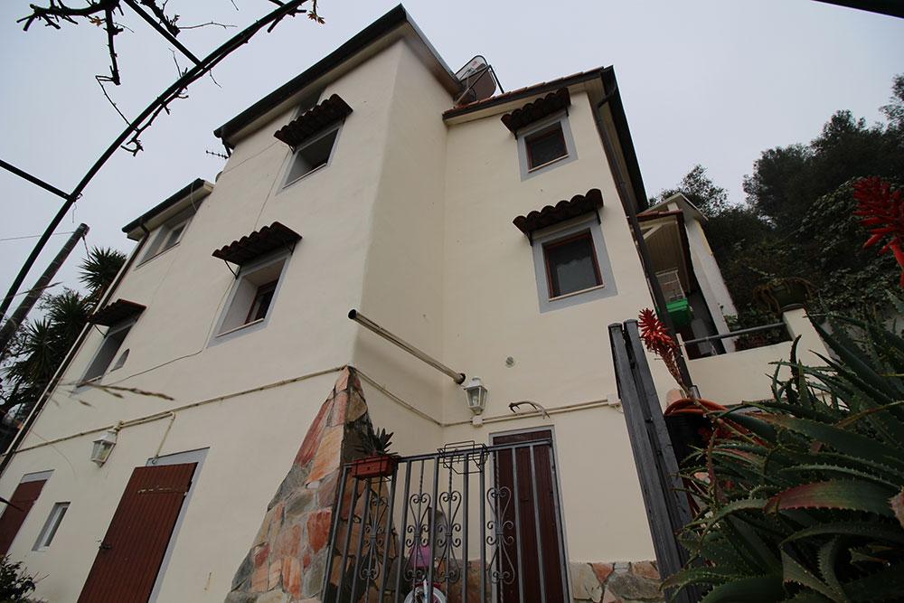 Camporosso liguria country house for sale 130 imp 44060 007