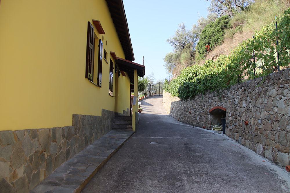 Dolceacqua liguria country house for sale 180 imp 44081 025